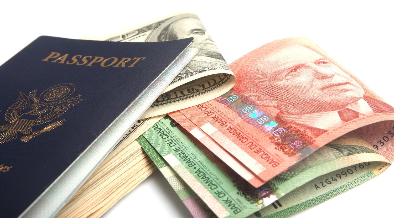 US-CanadianDollarsPassport.jpg