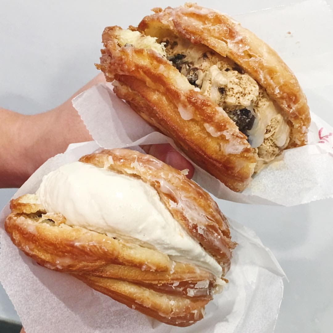 Ice cream cronuts with a glazed bun 📷:  @the_foodie_collective