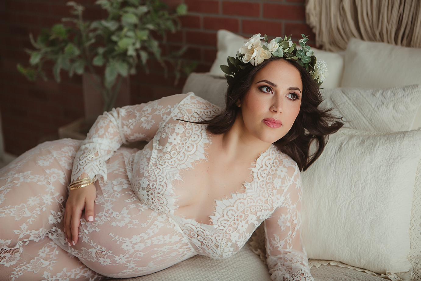 irvine-maternity-photography-studio-lace-dress-romatic-floral-halo-bedroom-romantic.png