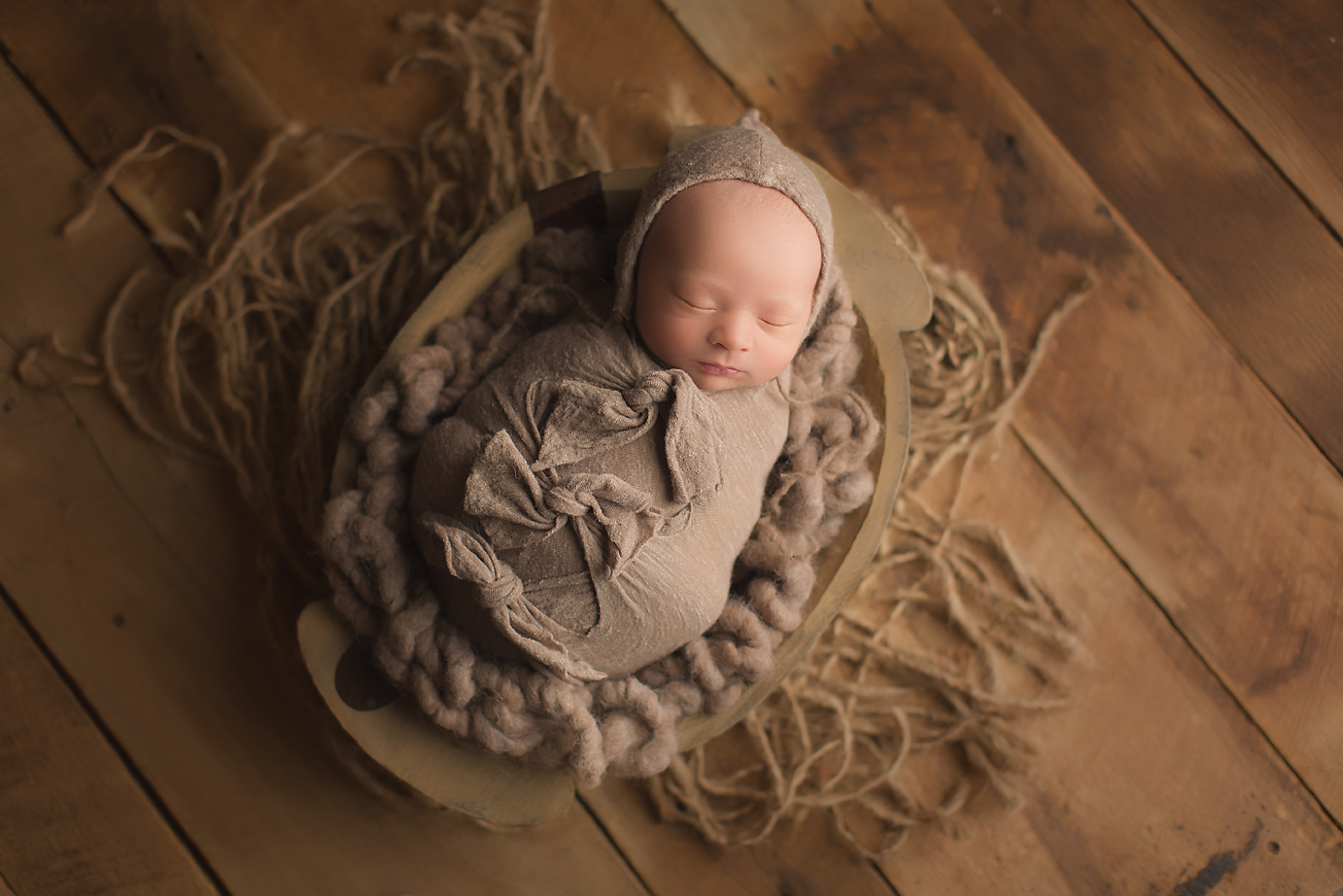 orange-county-newborn-photography-studio-baby-boy-rustic-natural-wood-bowl.jpg