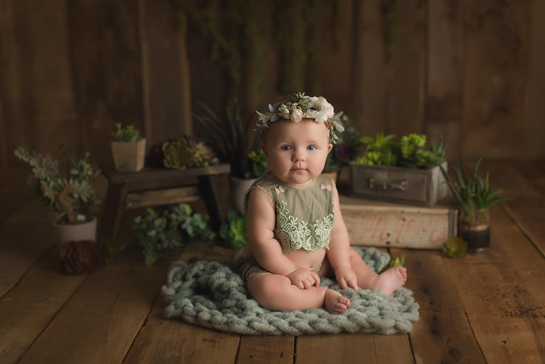orange-county-baby-photography-succulents-hipster-trendy-studio-barnwood-irvine.jpg