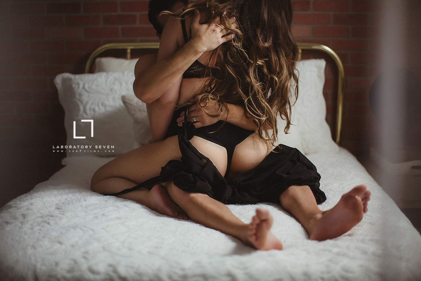 oc-couples-boudoir-studio-husband-and-wife-sexy-photoshoot-bedroom-butt-fantasy-passionate-sensual.jpg