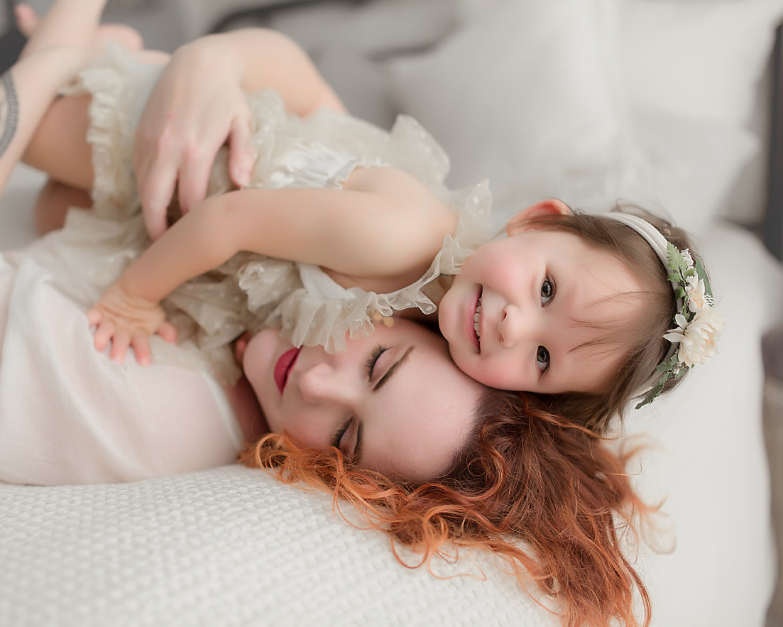 naturally-newborn-motherhood-event-mommy-and-me-baby-photos.jpg