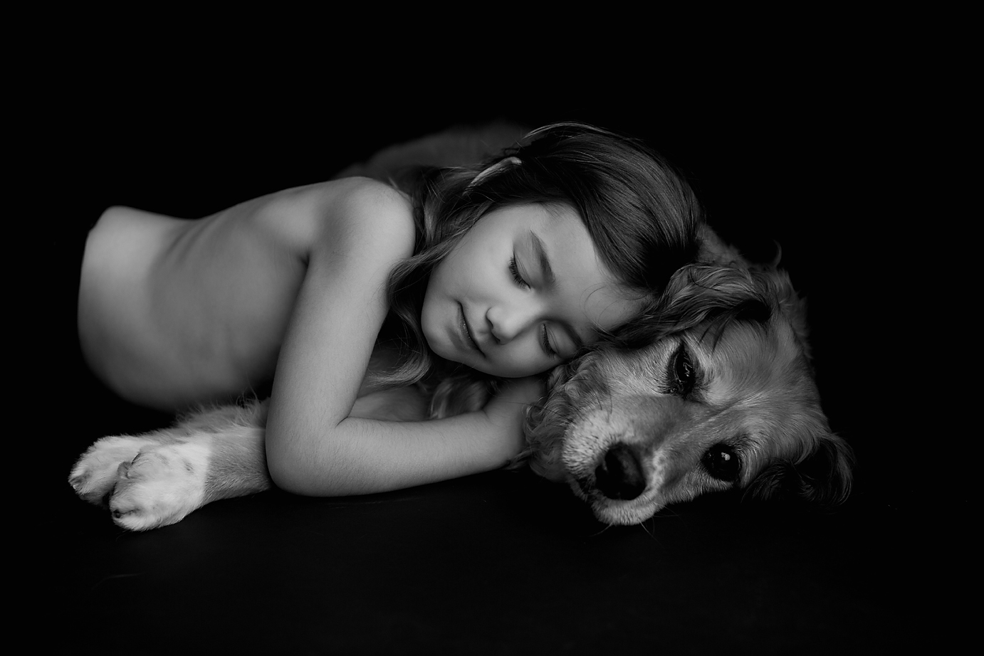 orange-county-los-angeles-child-photographer-girl-and-dog-simplicity-session-black-and-white.jpg