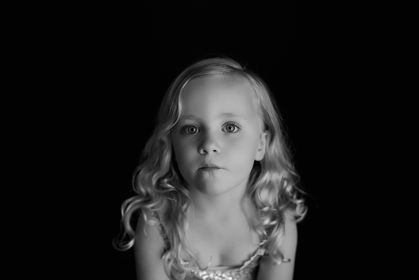 orange-county-child-photography-black-and-white-simple.jpg