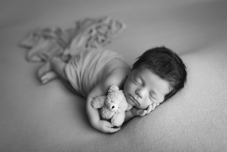 orange-county-newborn-photographer-irvine-teddy-bear-sleeping-sweet.jpg