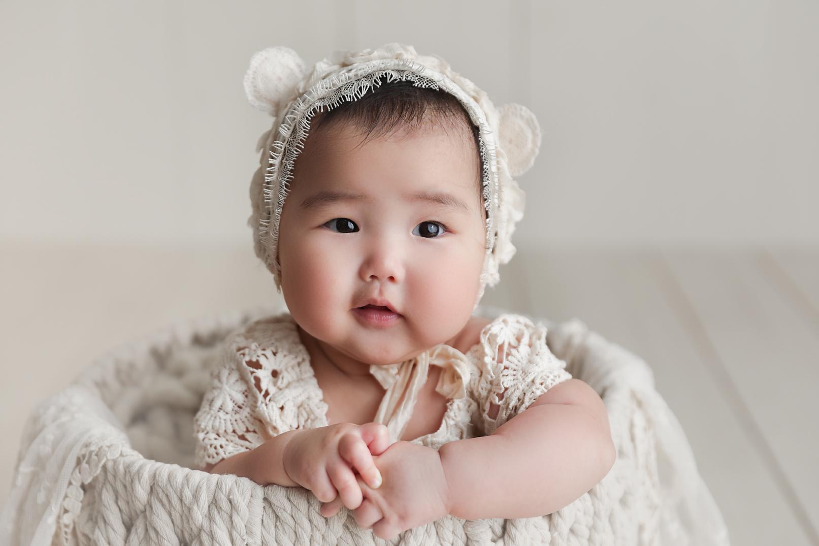 orange-county-100-days-photography-studio-portraits-irvine-baby-photographer.jpg