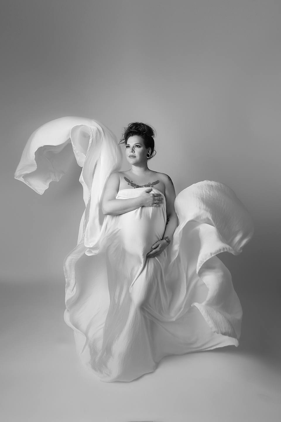 orange-county-maternity-photohraphy-studio-los-angeles-fabric-toss-silk-fashion-fine-art.jpg
