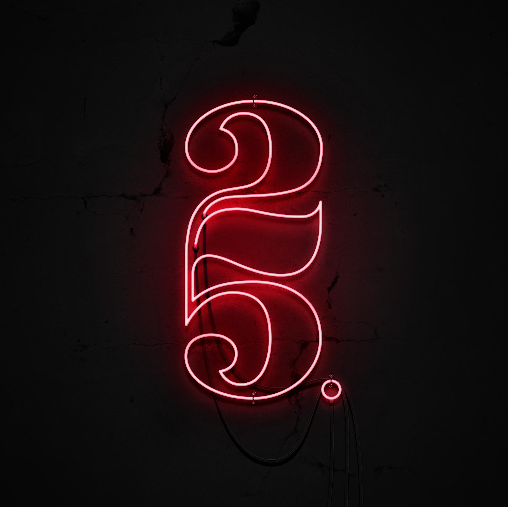 25  GRAPHIC DESIGN