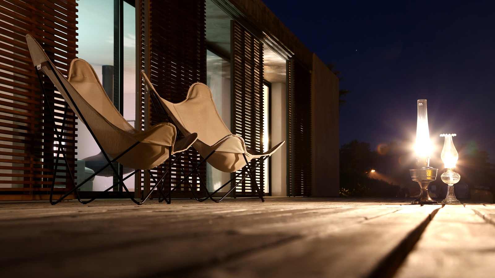 Casa+do+Pego+front+deck2.jpg