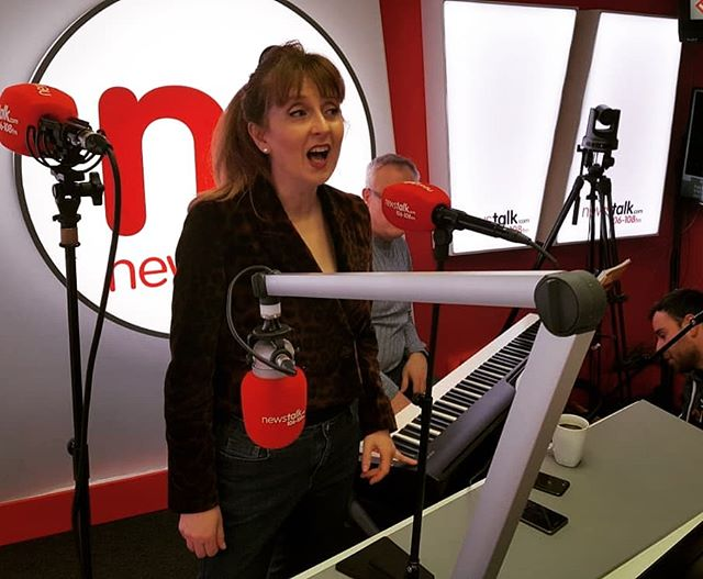 A smashing morning on NEWSTALK chatting all things romantic, ROMANZA, Japanese ramen, friendship, family, Shirley Temple and Pinky and Perky!!!! With John Molloy, Mary McEvoy, David Wray and Brent Pope. Advertising our concert next Friday February 15th at 1pm  ROMANZA - A Valentine's Celebration in Poetry and Song  @nationalconcerthall @molloyjohn76 @newstalkfm  #concert #radio #media #communications #actress #soprano #bass #opera #musicals #valentinesday #sopranolife #wbyeats #television #film #classicalmusic