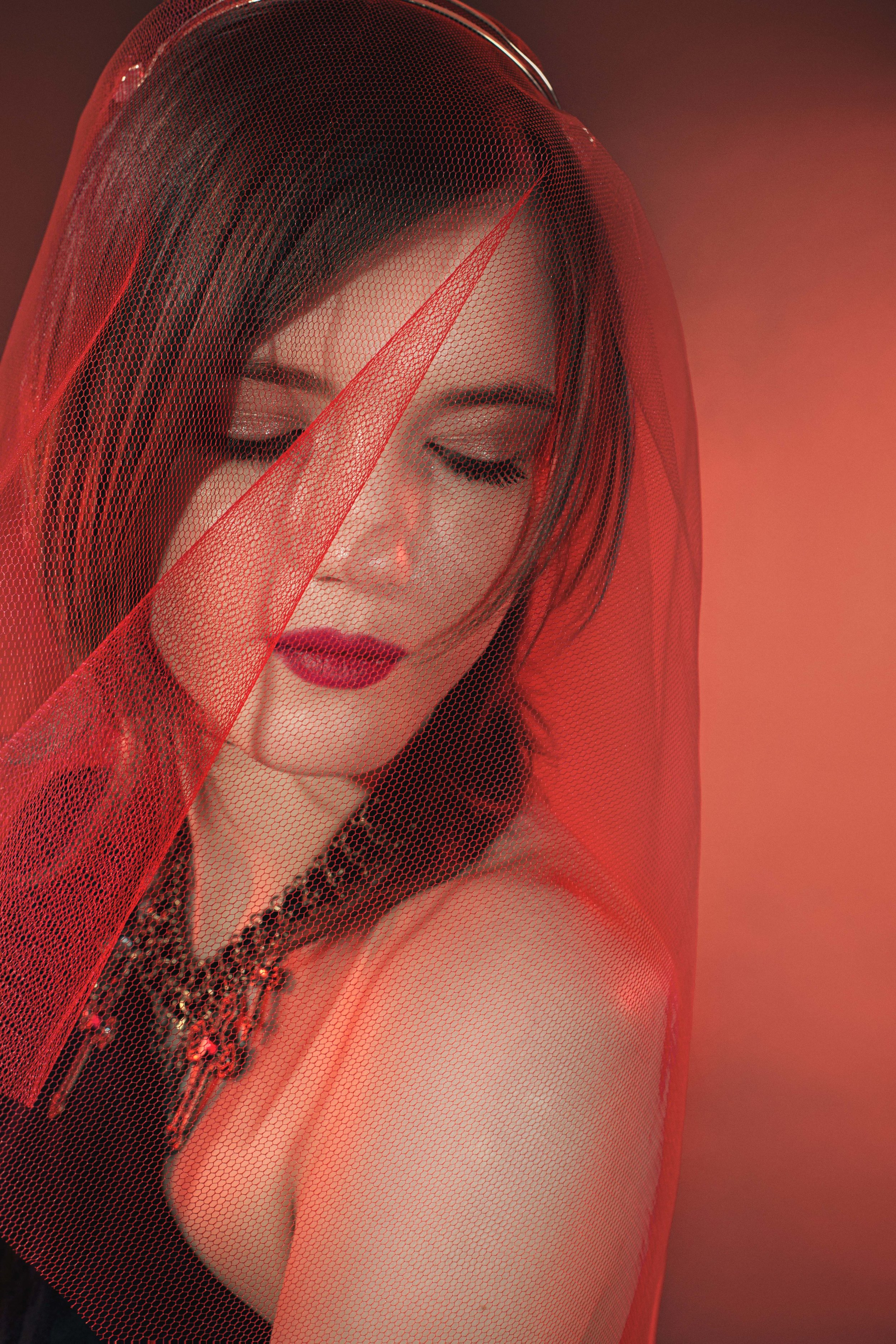 EXCLUSIVE // RED LIGHTS BY PEDRO MATOS