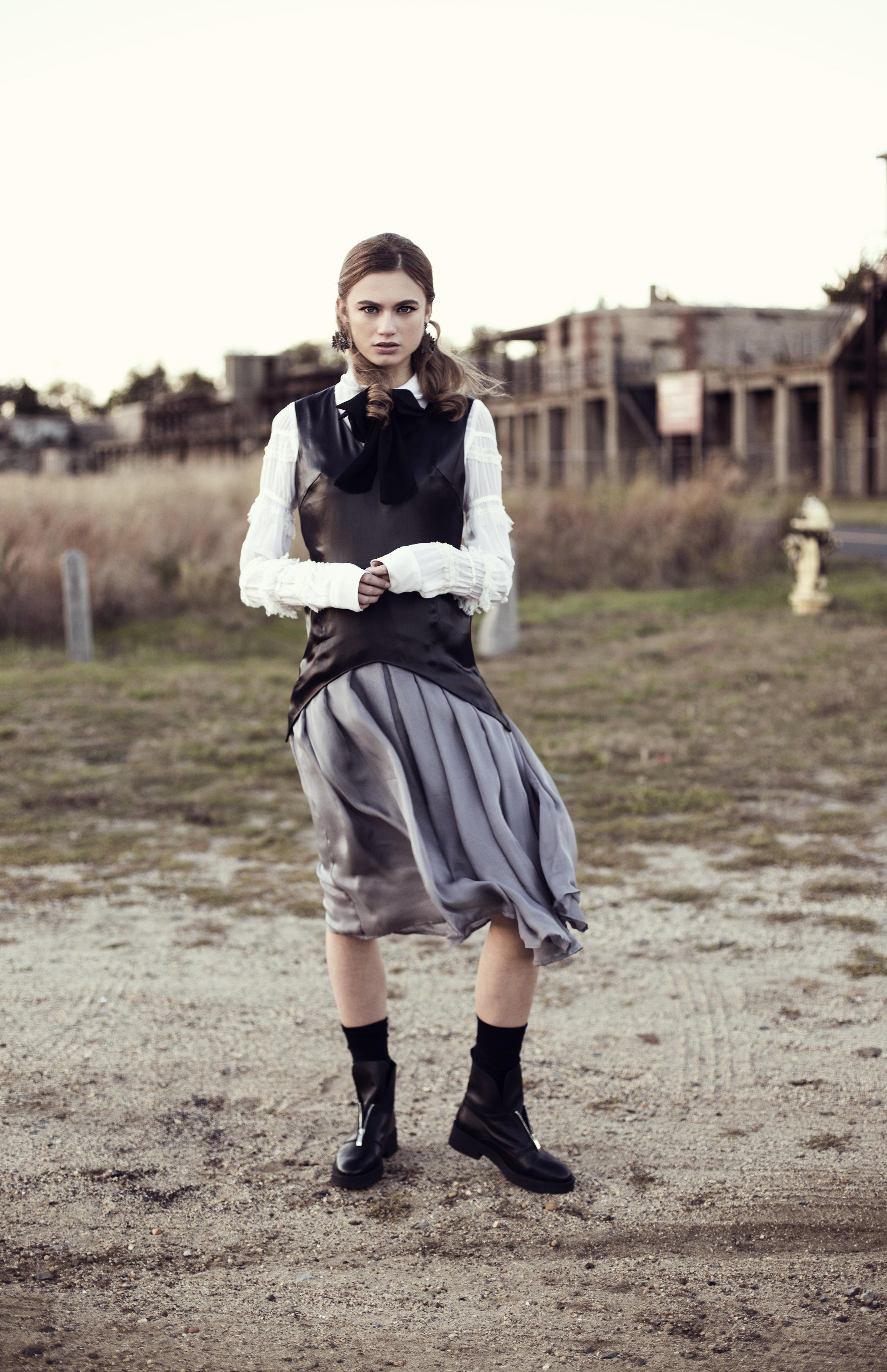 Top: Comme des Garçons for H&M, Bow: ASOS,Earrings: Deepa Gurmani, Dress: Vivienne Hu, Shoes: Zara