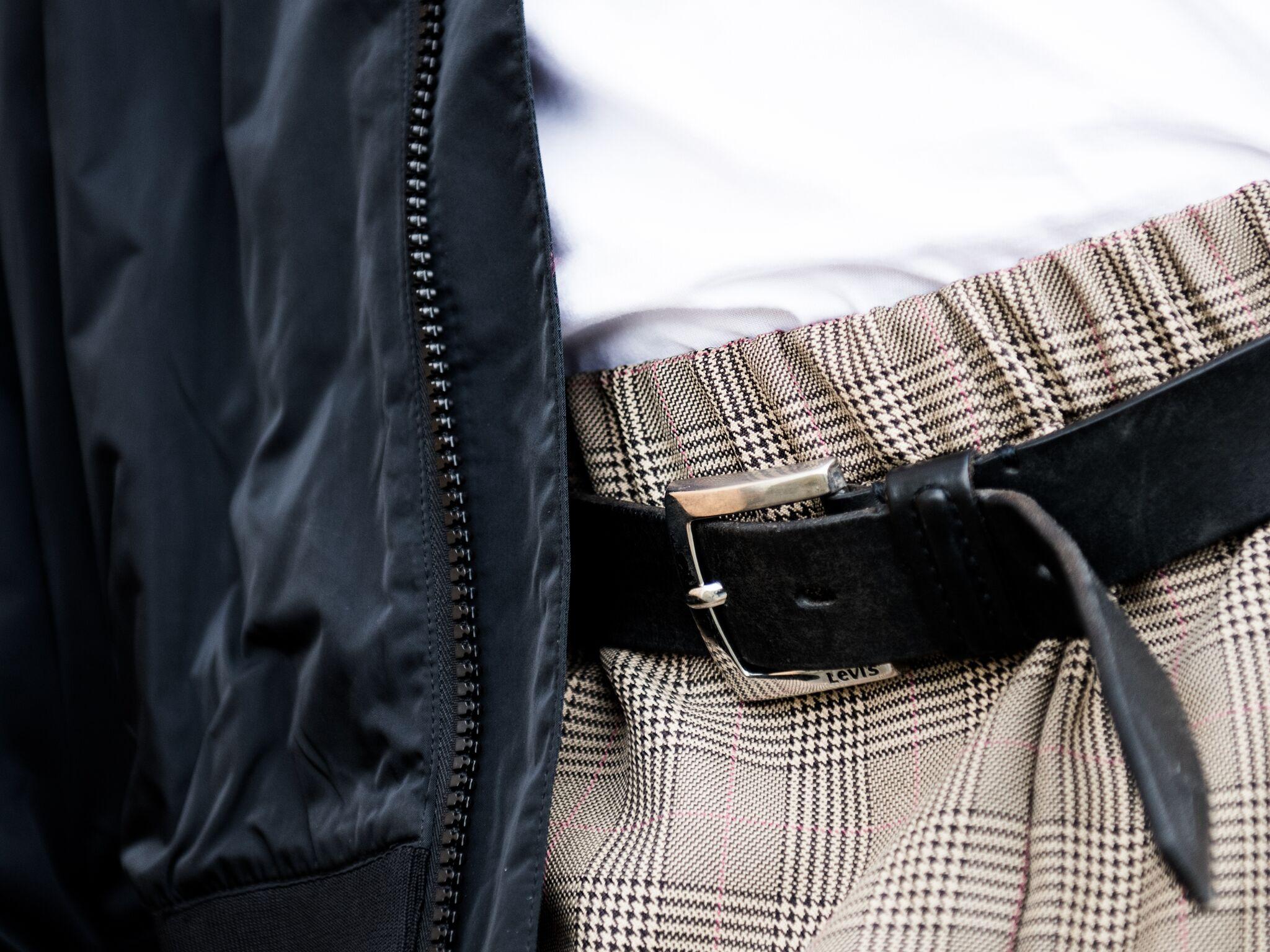Bomber jacket Cheap Monday, Shirt American Apparel, Belt Levi's, Pants Reclaimed Vintage