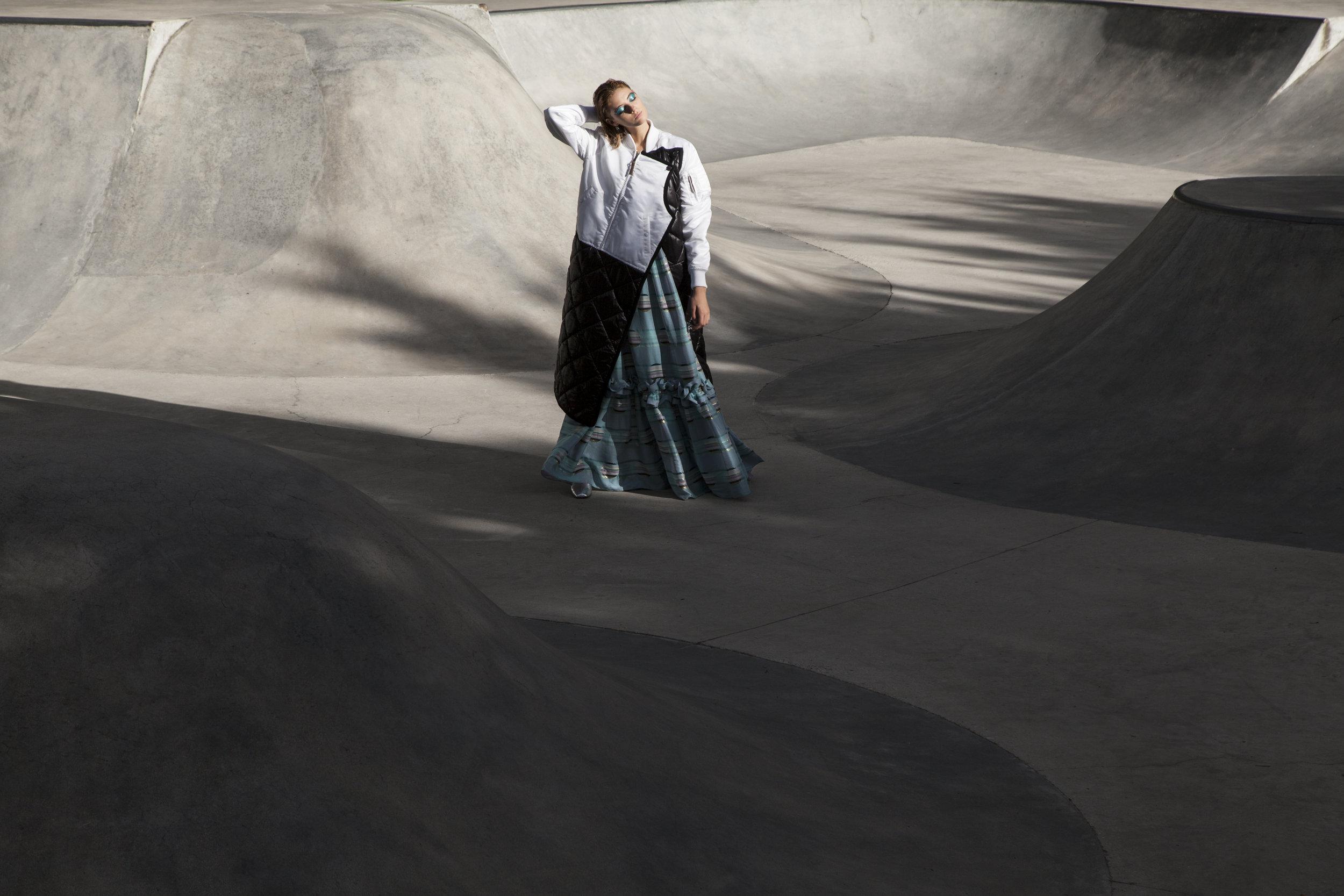 Coat  Lutz Huelle , Dress  Ungro , Boots  Pierre Hardy