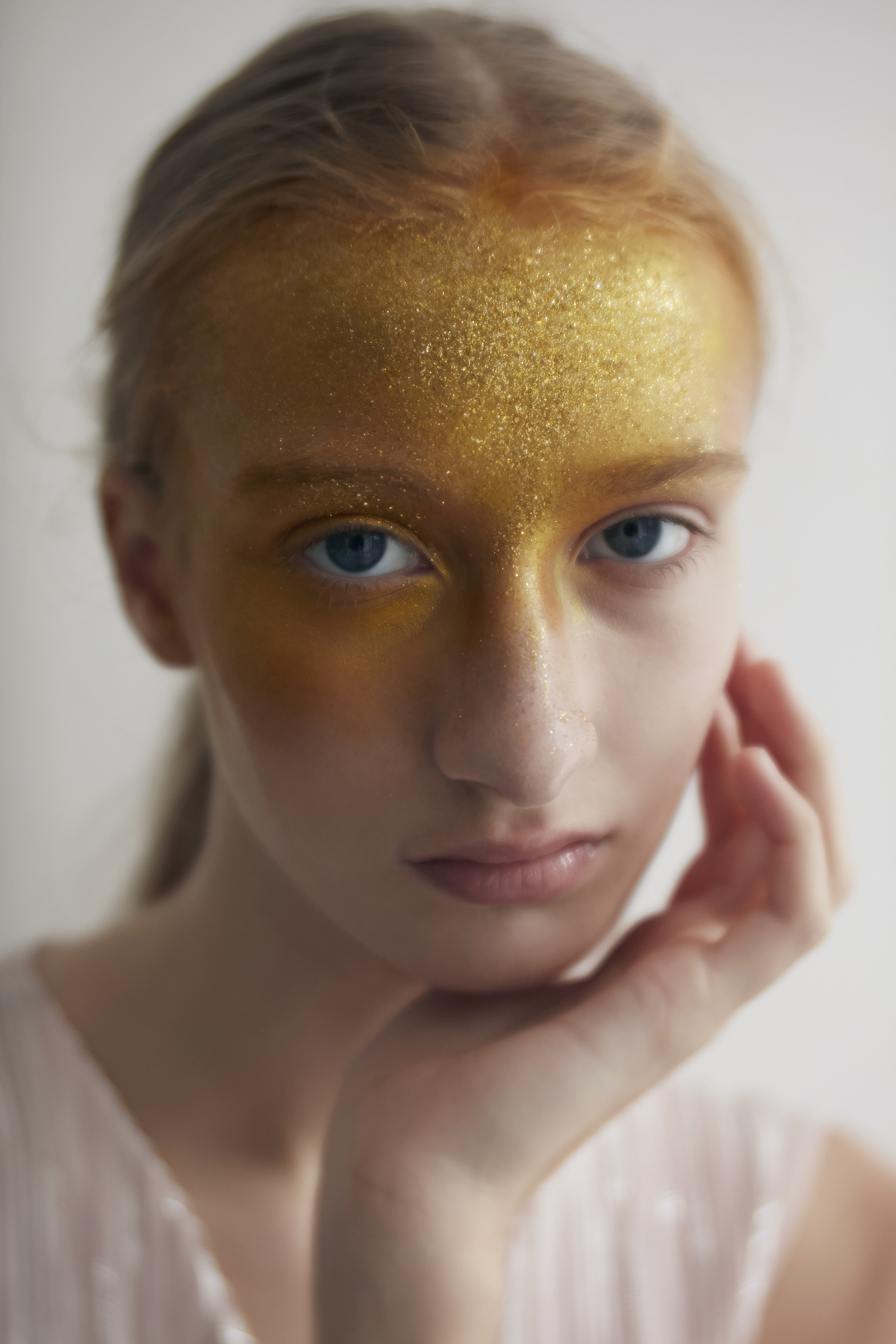 EXCLUSIVE:  PLANET shot by Reiko Wakai. Mesmerizing beauty story out here.    See more here.