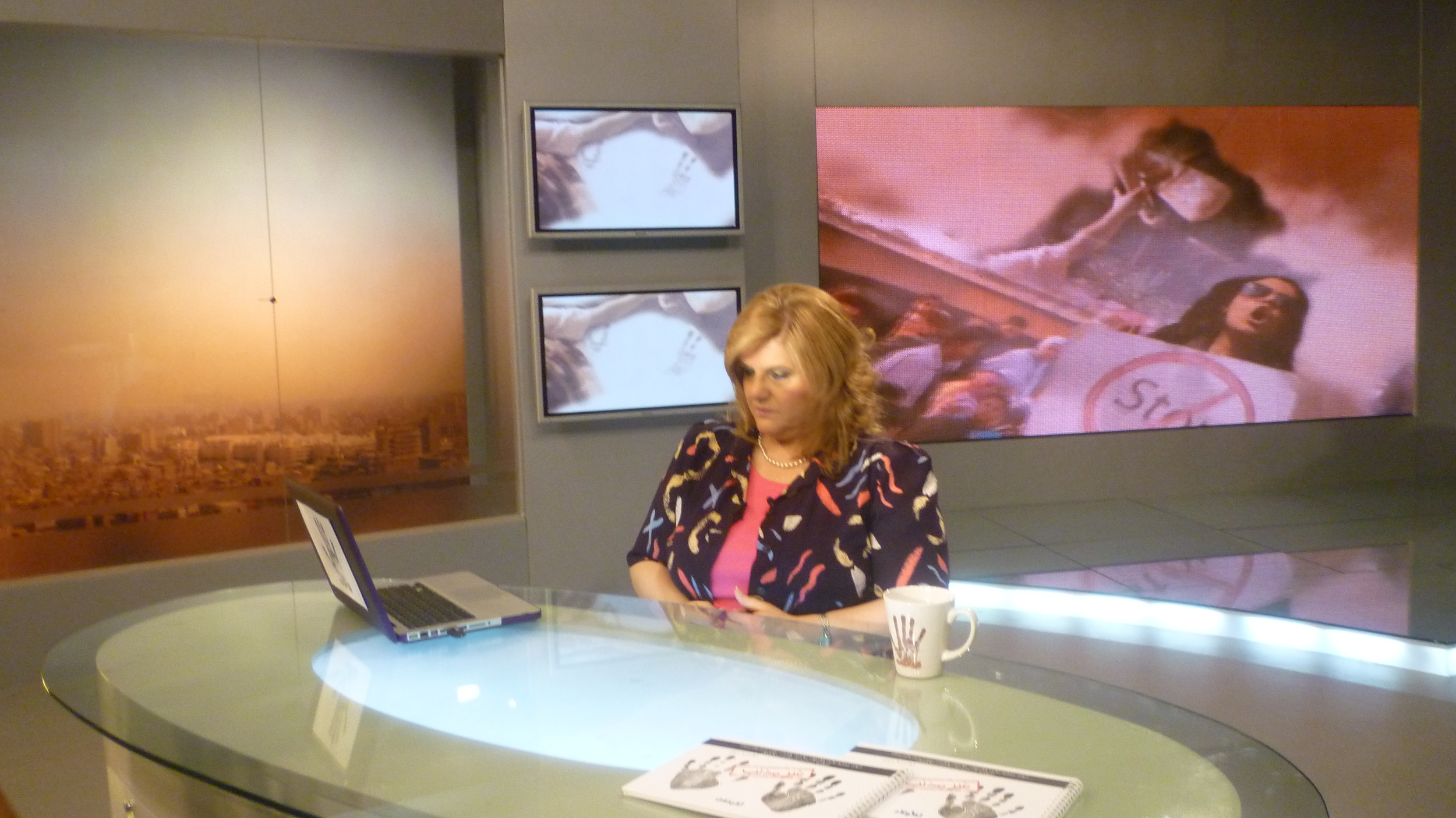 """Dr. Laila is presenting the TV program """"Let's live it right"""""""