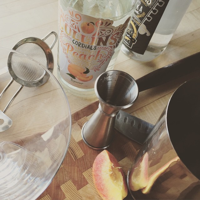 The makings of a Nashville Peach Martini from @pickersvodka with peaches from @thepeachtruck!