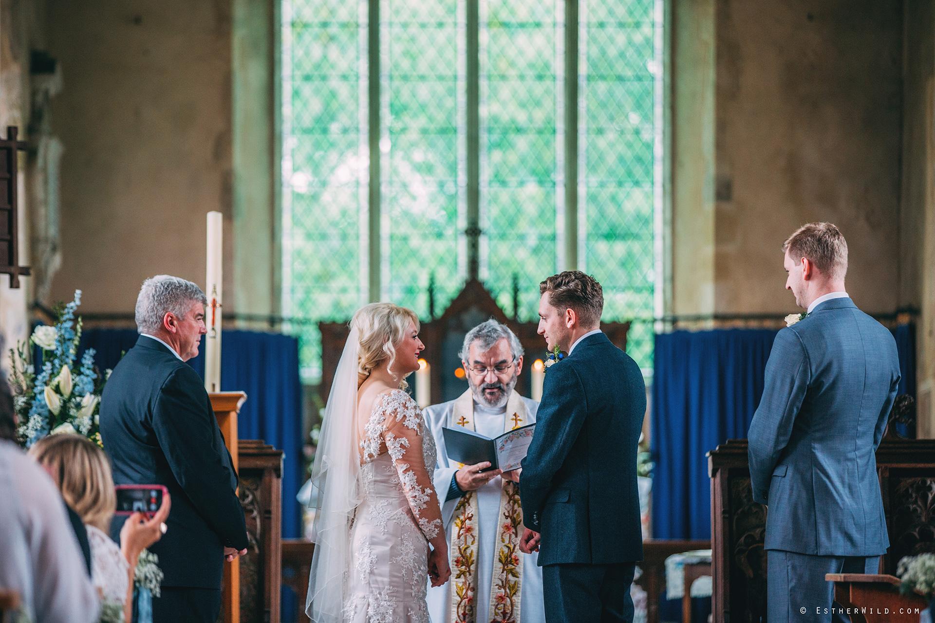 Wedding_Photographer_Norfolk_photography_Esther_Wild (314).jpg