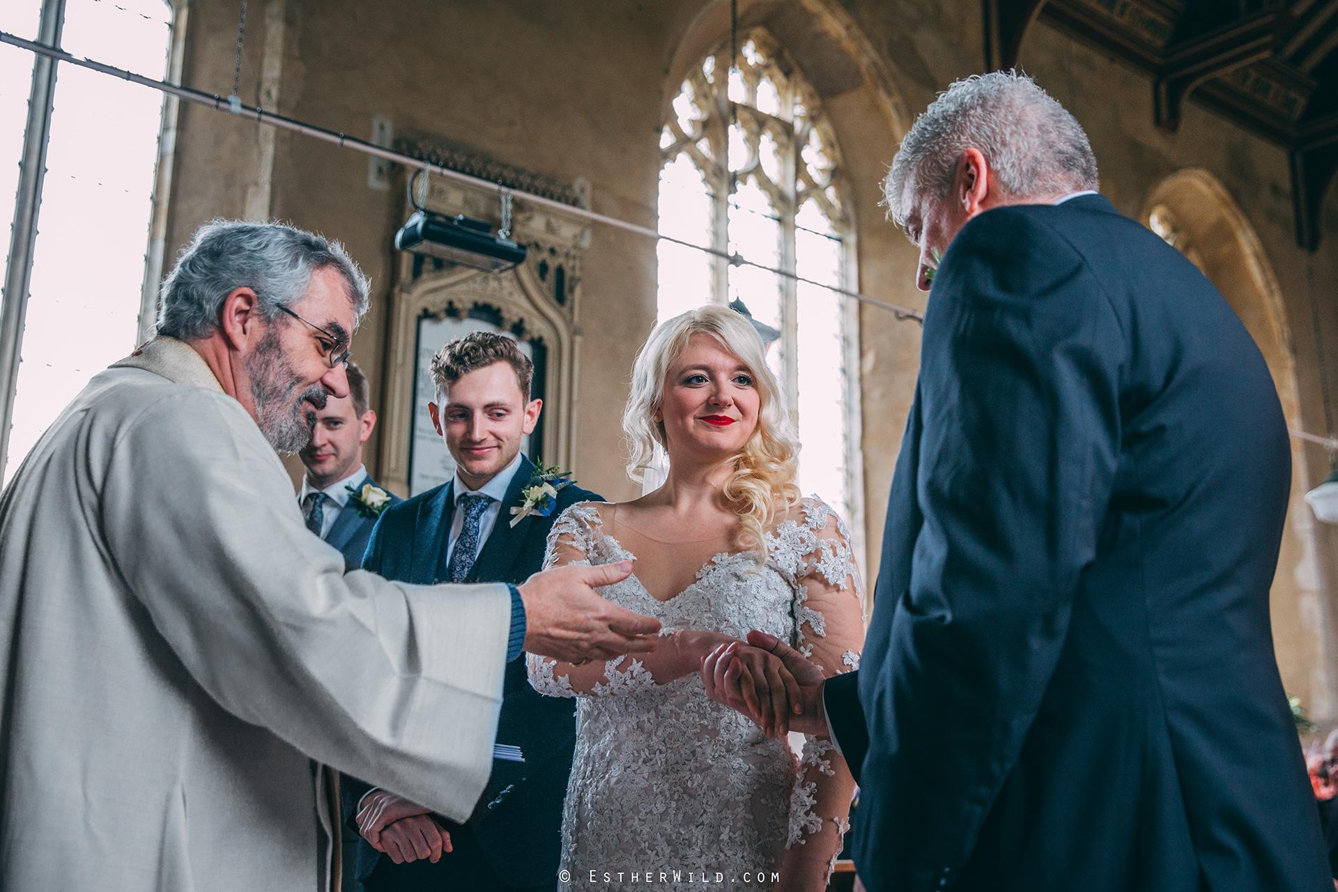 Wedding_Photographer_Norfolk_photography_Esther_Wild (91).jpg