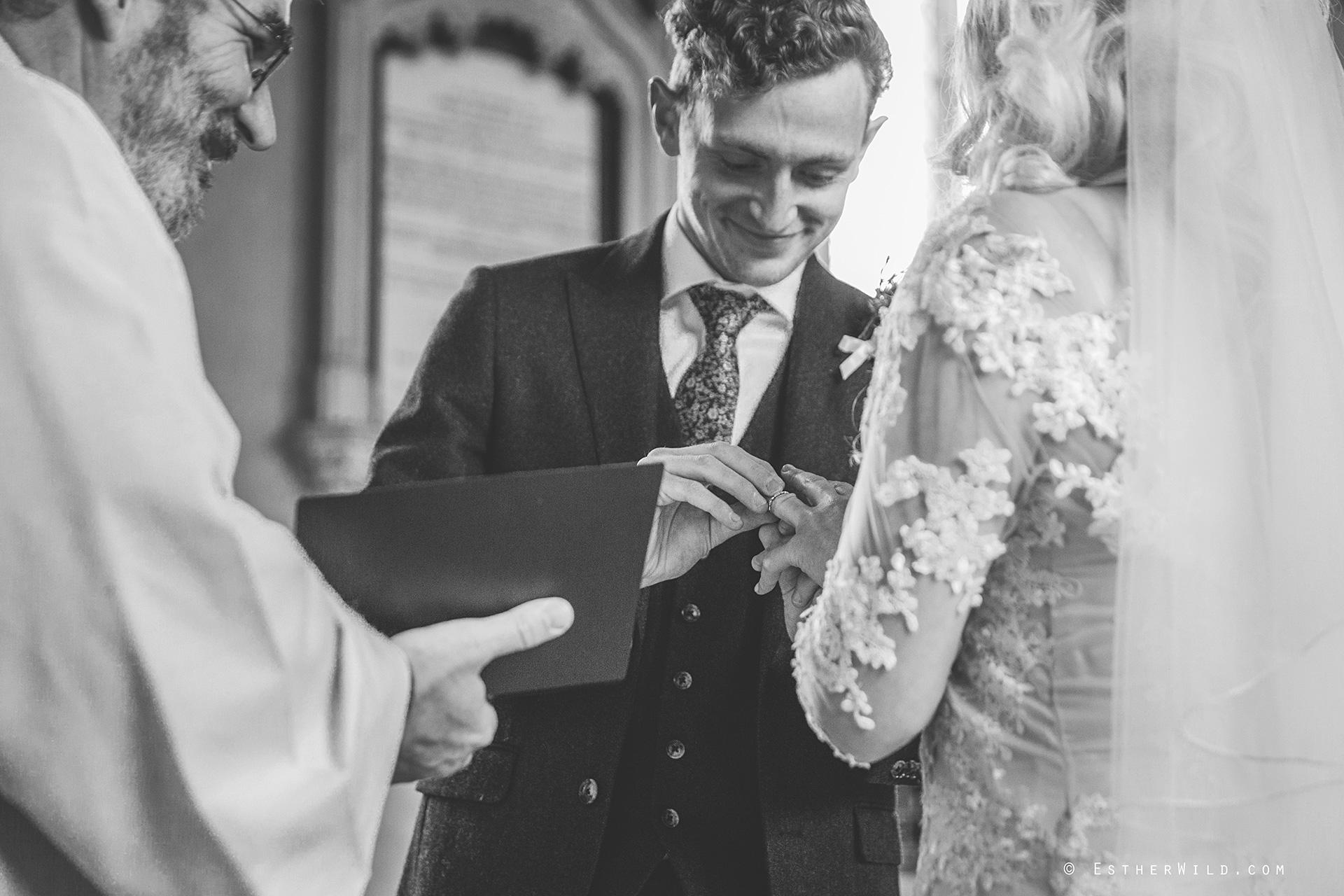 Wedding_Photographer_Norfolk_photography_Esther_Wild (95).jpg