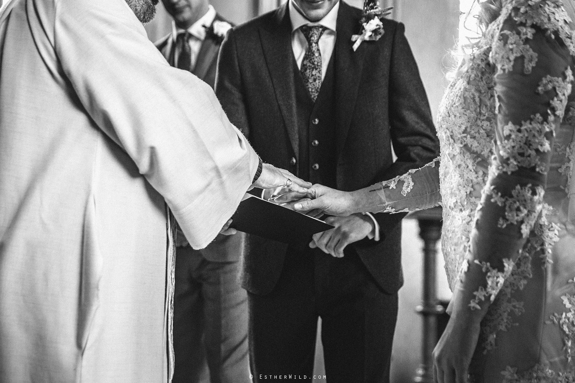 Wedding_Photographer_Norfolk_photography_Esther_Wild (93).jpg