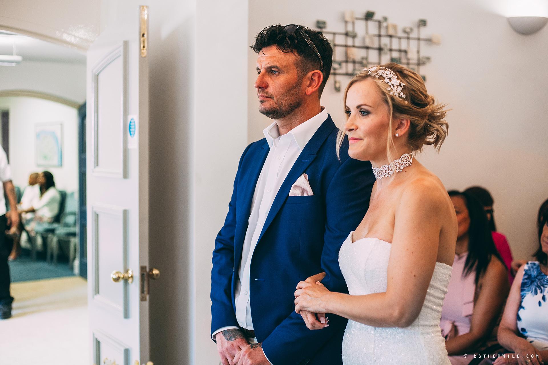 Wedding_Photographer_Norfolk_Kings_Lynn_Town_Hall (84).jpg