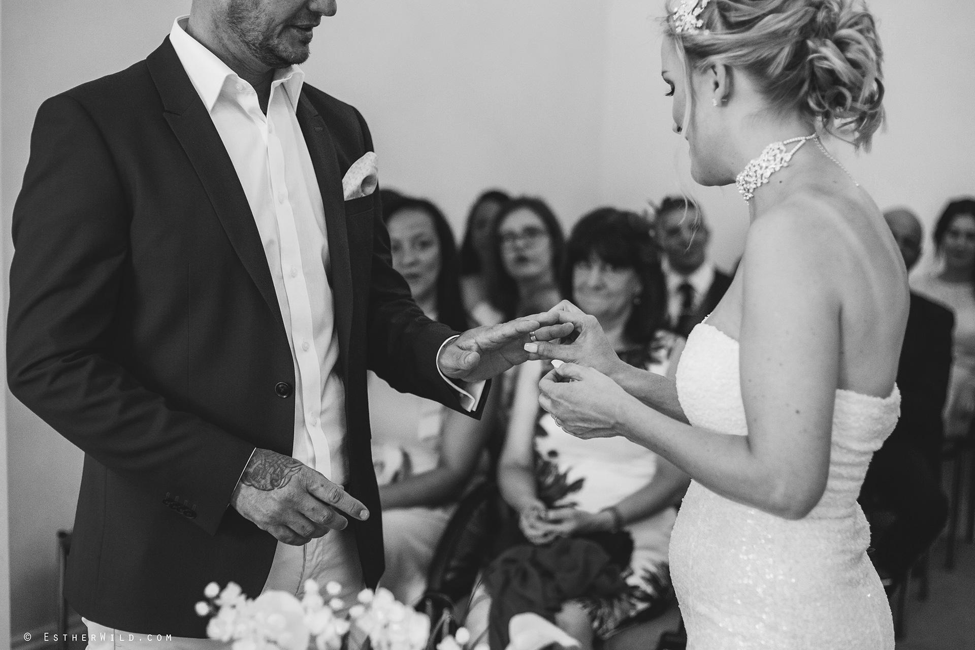 Wedding_Photographer_Norfolk_Kings_Lynn_Town_Hall (100).jpg