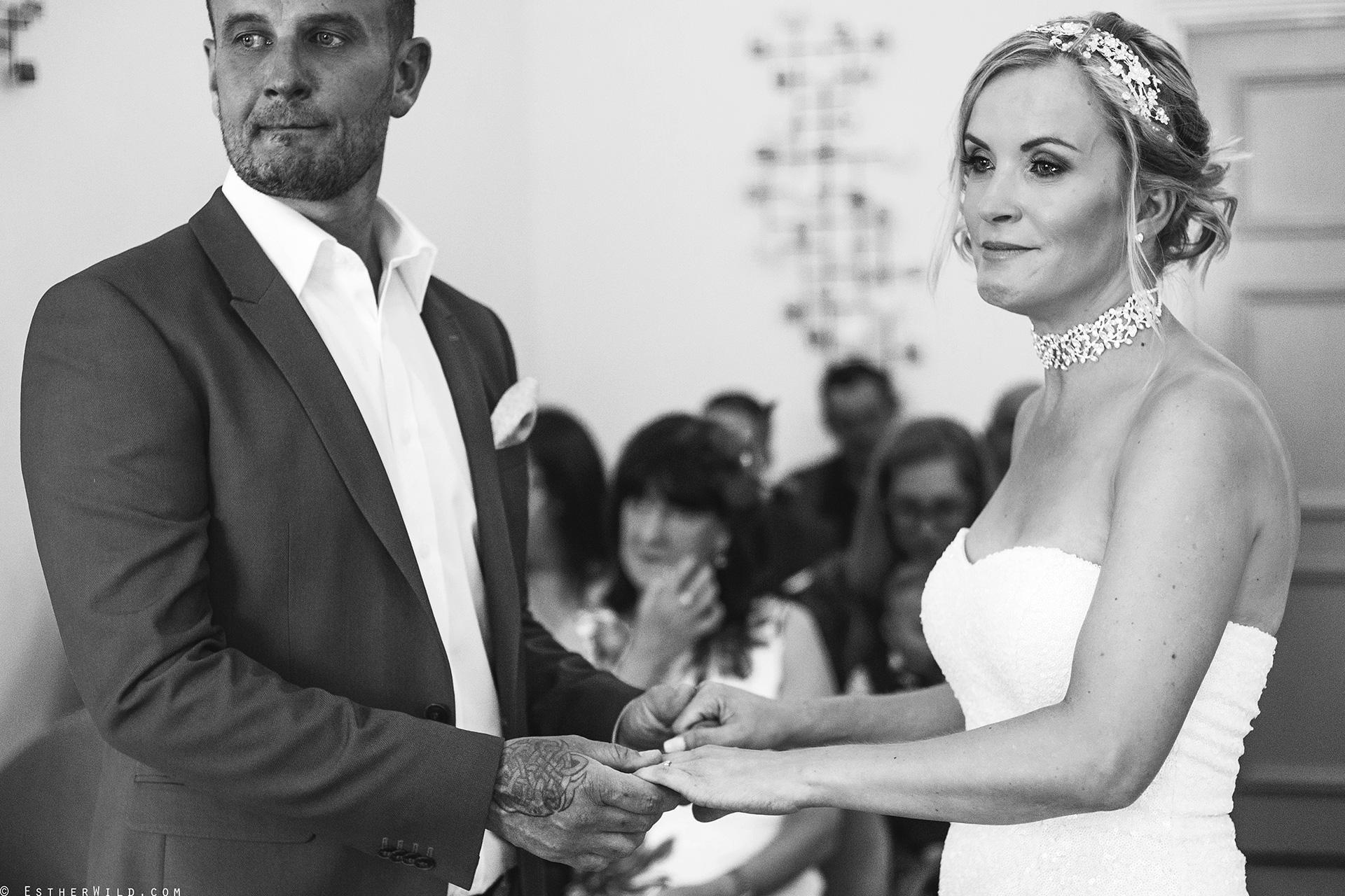 Wedding_Photographer_Norfolk_Kings_Lynn_Town_Hall (102).jpg
