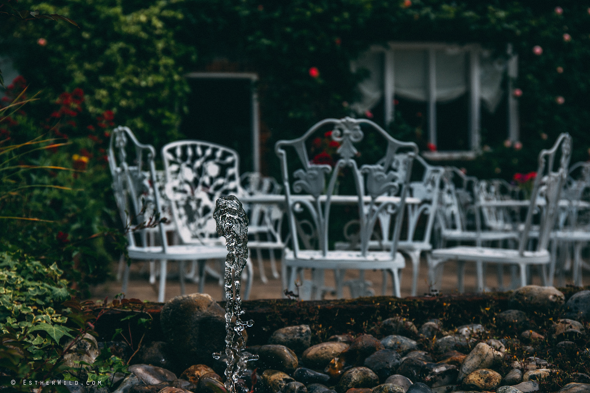 Norfolk_Wedding_Photographer_Mannington_Hall_Country_Esther_Wild_9906.jpg