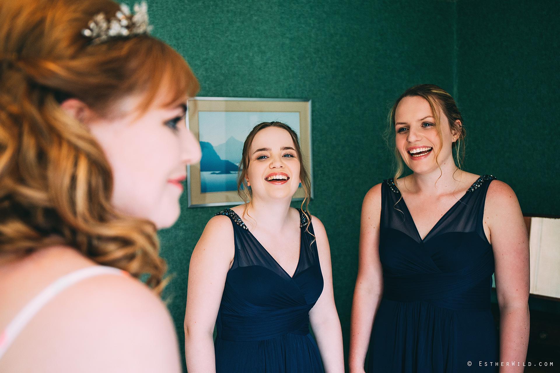 Norfolk_Wedding_Photographer_Mannington_Hall_Country_Esther_Wild_9942.jpg