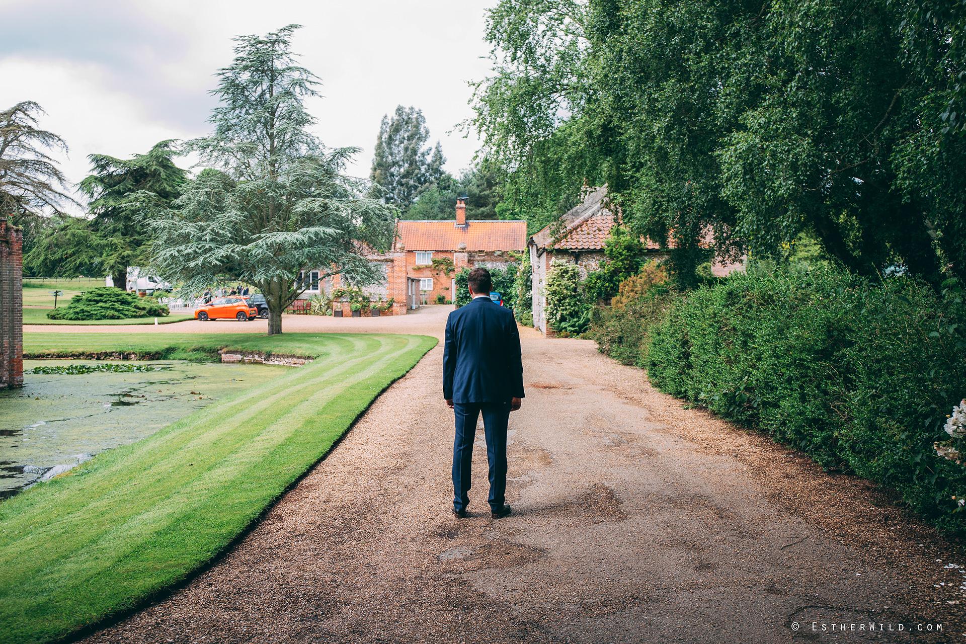 Norfolk_Wedding_Photographer_Mannington_Hall_Country_Esther_Wild_0002.jpg