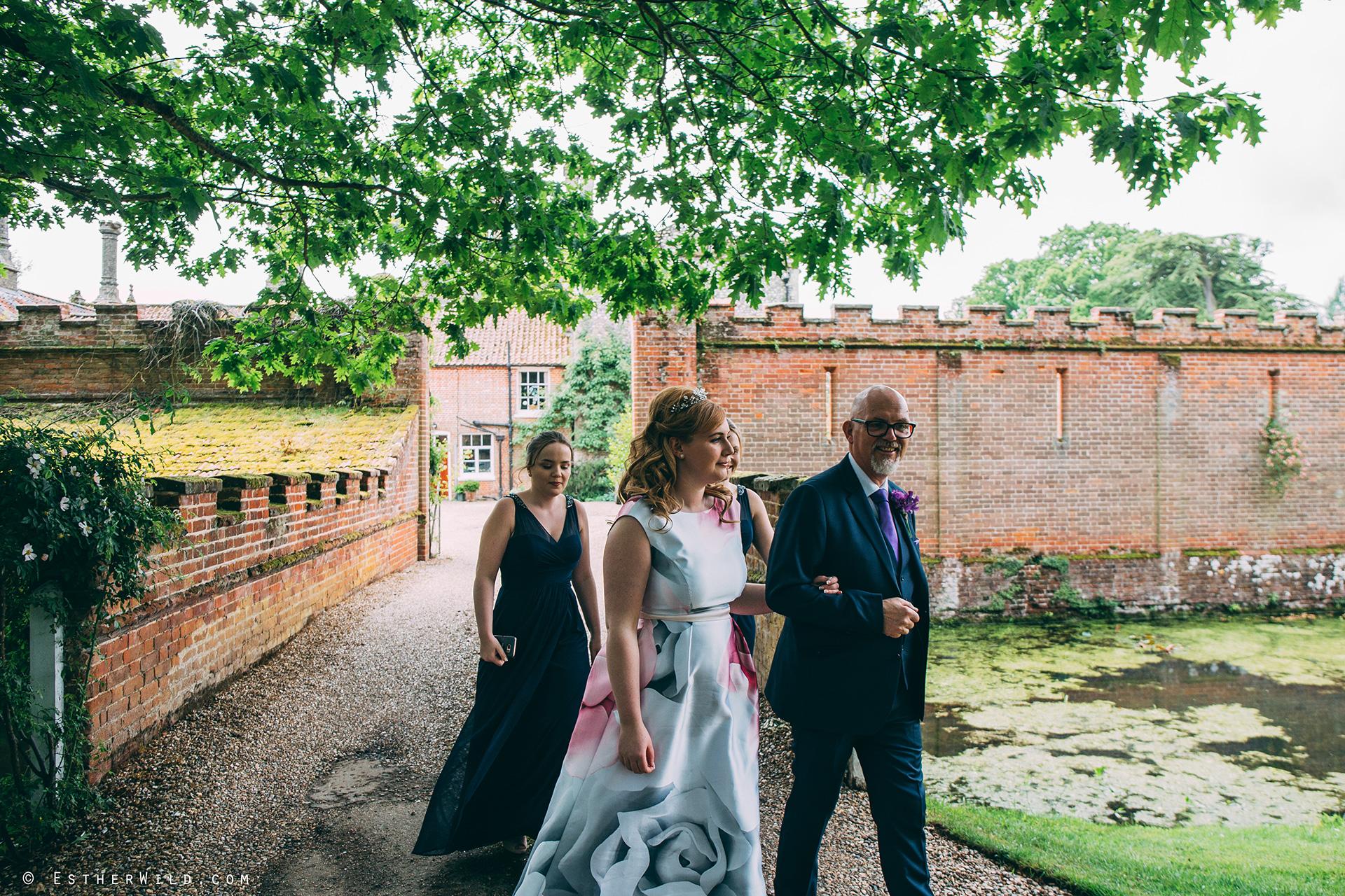 Norfolk_Wedding_Photographer_Mannington_Hall_Country_Esther_Wild_0009.jpg