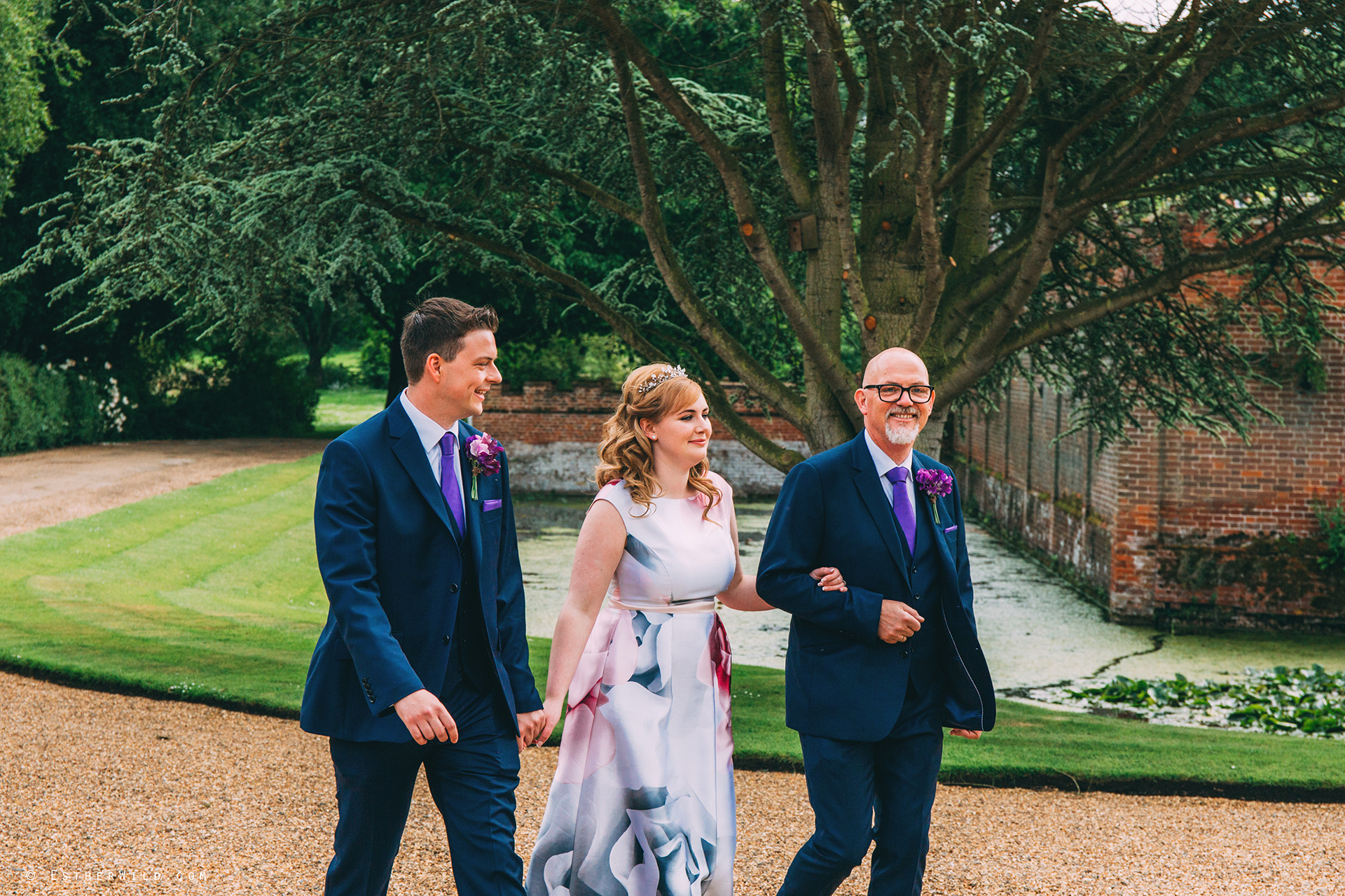 Norfolk_Wedding_Photographer_Mannington_Hall_Country_Esther_Wild_0038.jpg