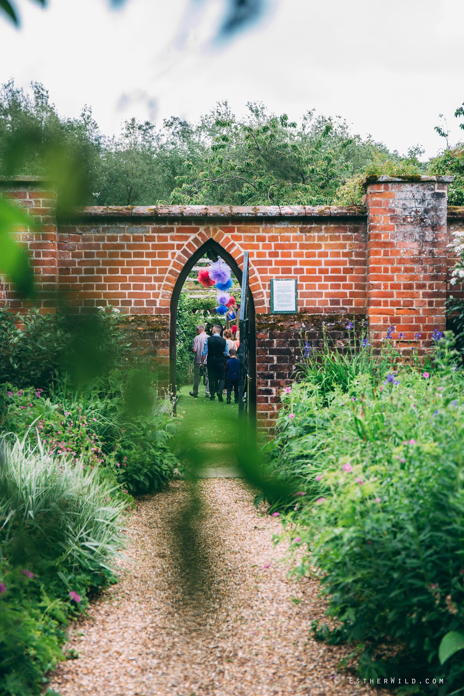 Norfolk_Wedding_Photographer_Mannington_Hall_Country_Esther_Wild_0170.jpg