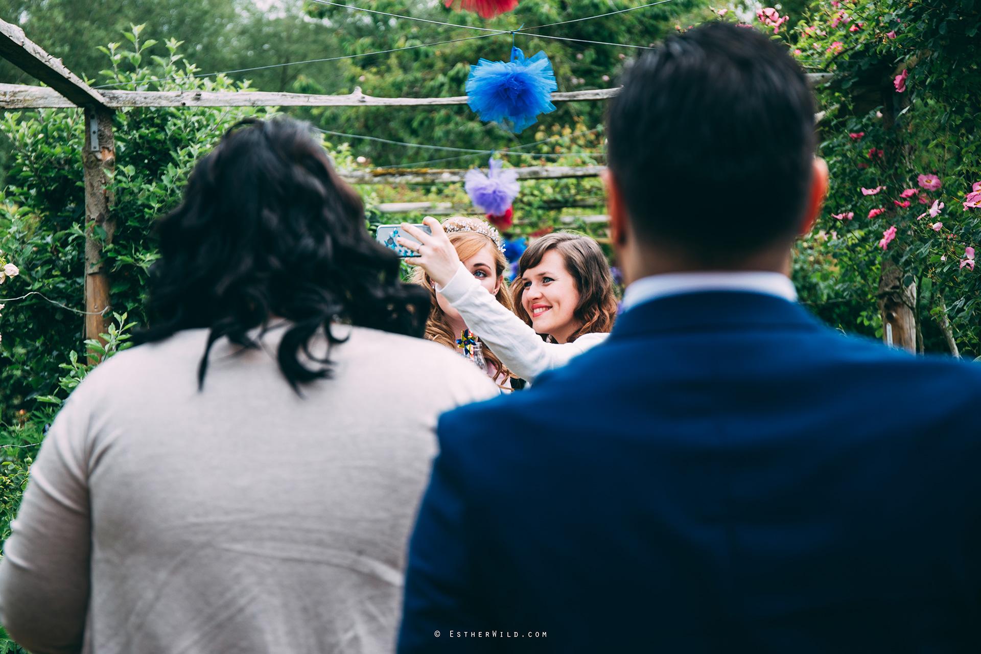 Norfolk_Wedding_Photographer_Mannington_Hall_Country_Esther_Wild_0248.jpg