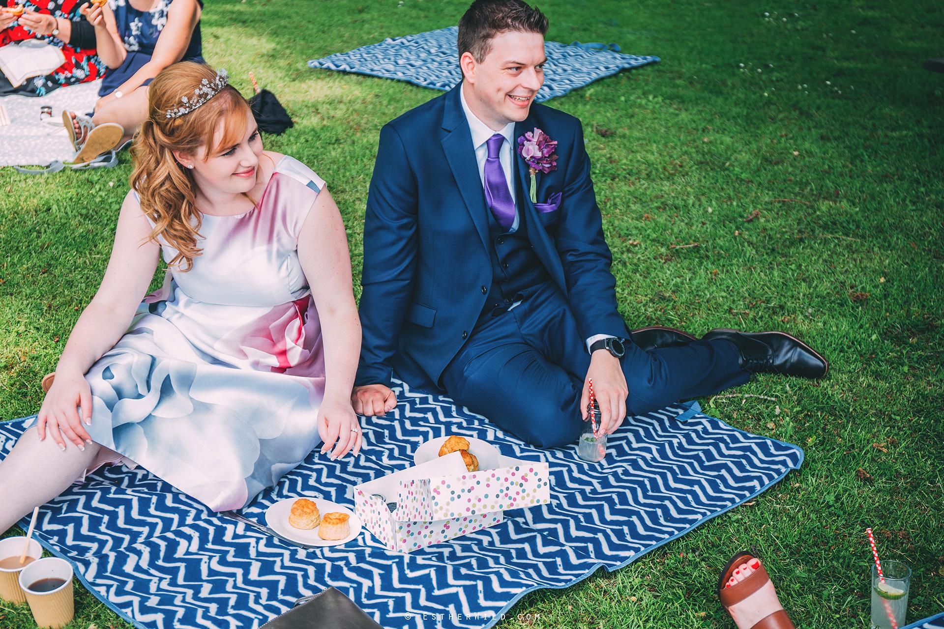 Norfolk_Wedding_Photographer_Mannington_Hall_Country_Esther_Wild_0473.jpg