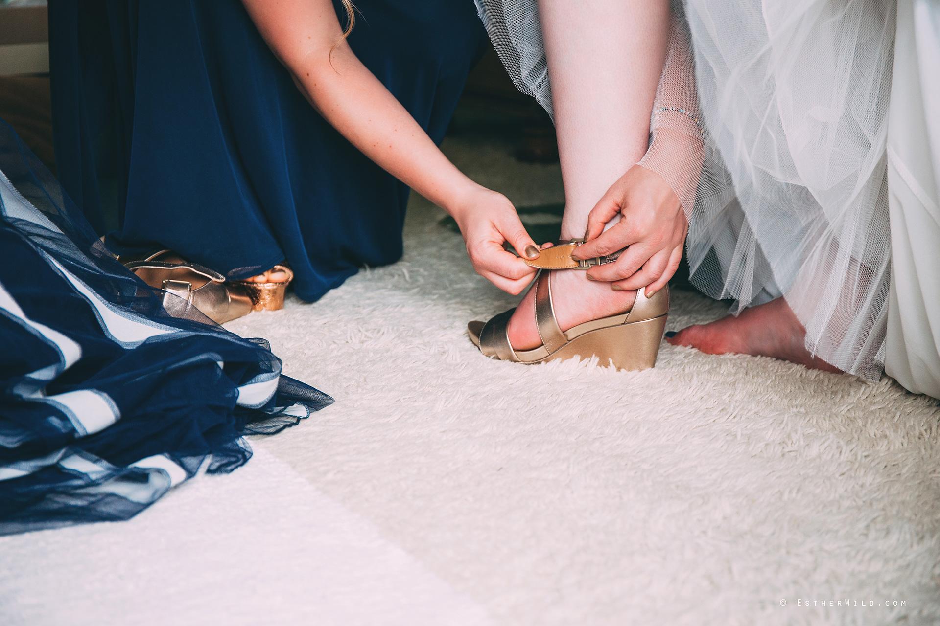 Norfolk_Wedding_Photographer_Mannington_Hall_Country_Esther_Wild_0771.jpg