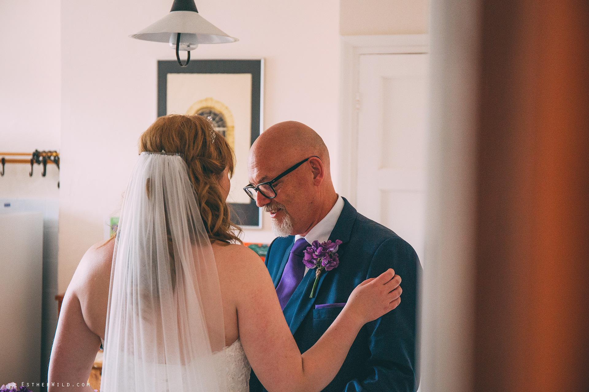Norfolk_Wedding_Photographer_Mannington_Hall_Country_Esther_Wild_0854.jpg