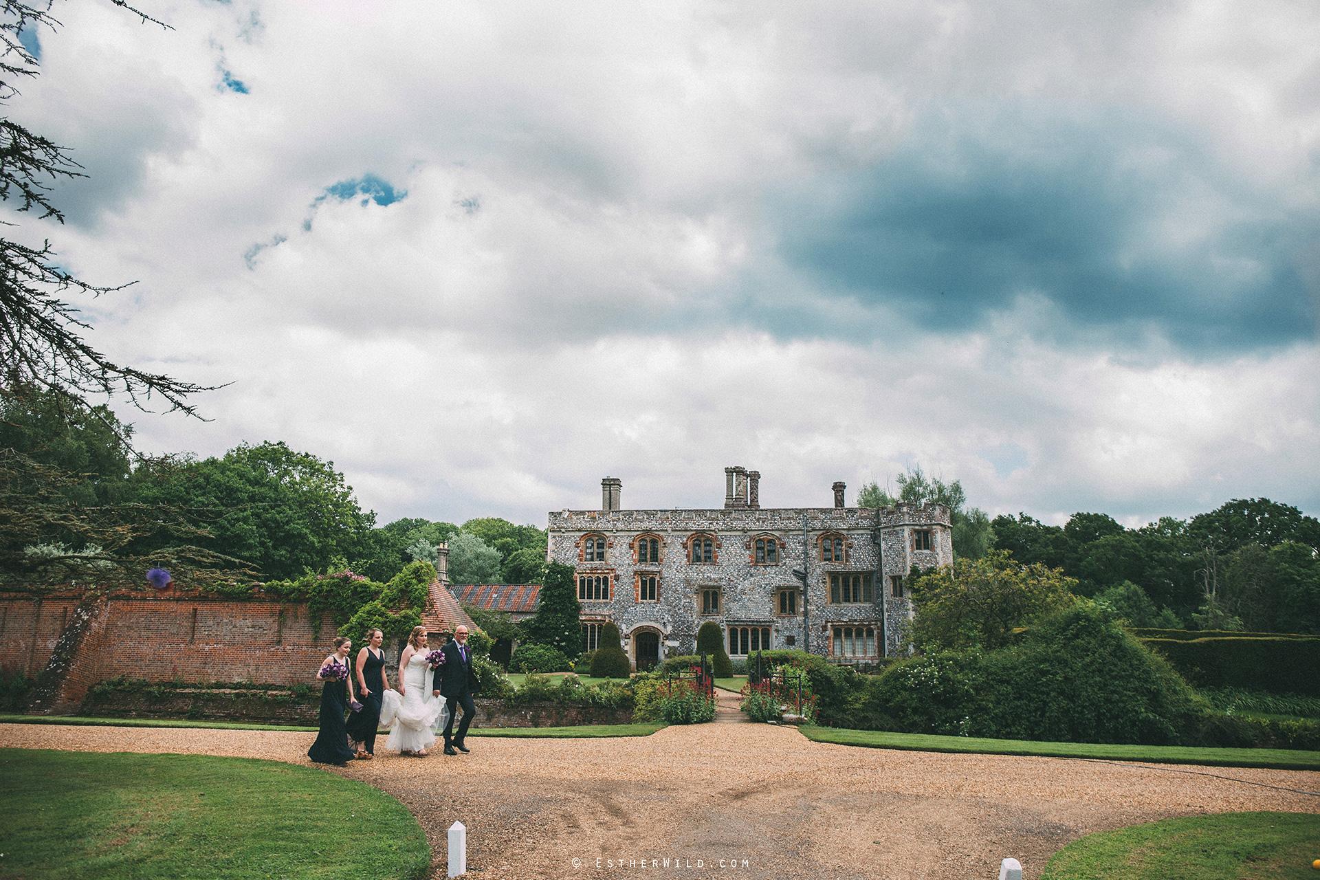 Norfolk_Wedding_Photographer_Mannington_Hall_Country_Esther_Wild_0889.jpg