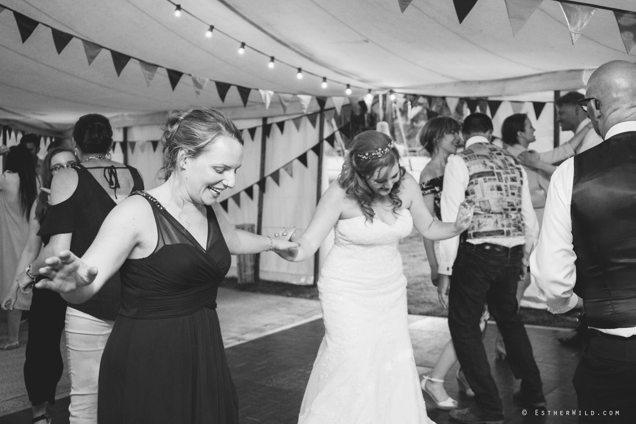 Norfolk_Wedding_Photographer_Mannington_Hall_Country_Esther_Wild_2746-1.jpg