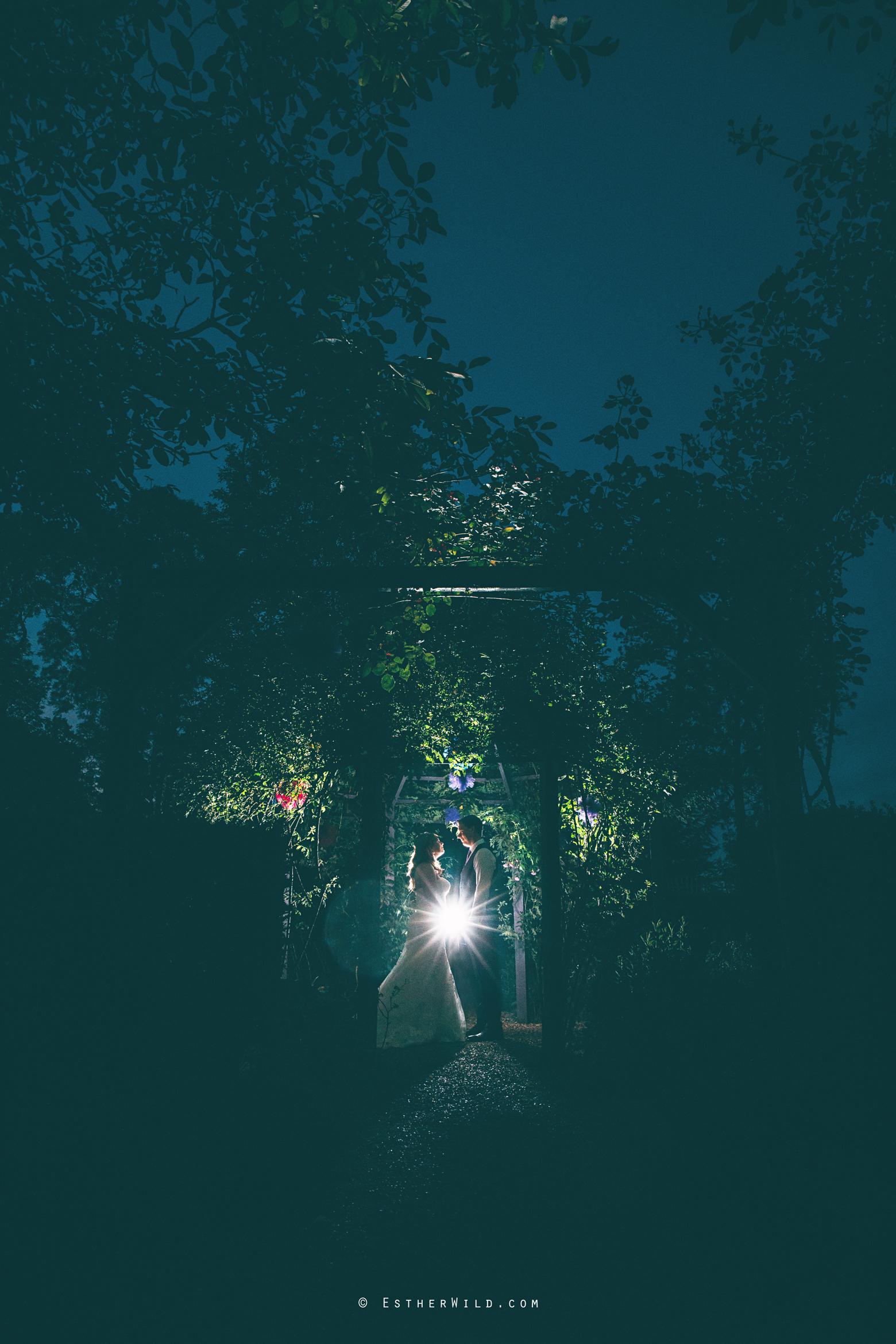 Norfolk_Wedding_Photographer_Mannington_Hall_Country_Esther_Wild_2976.jpg