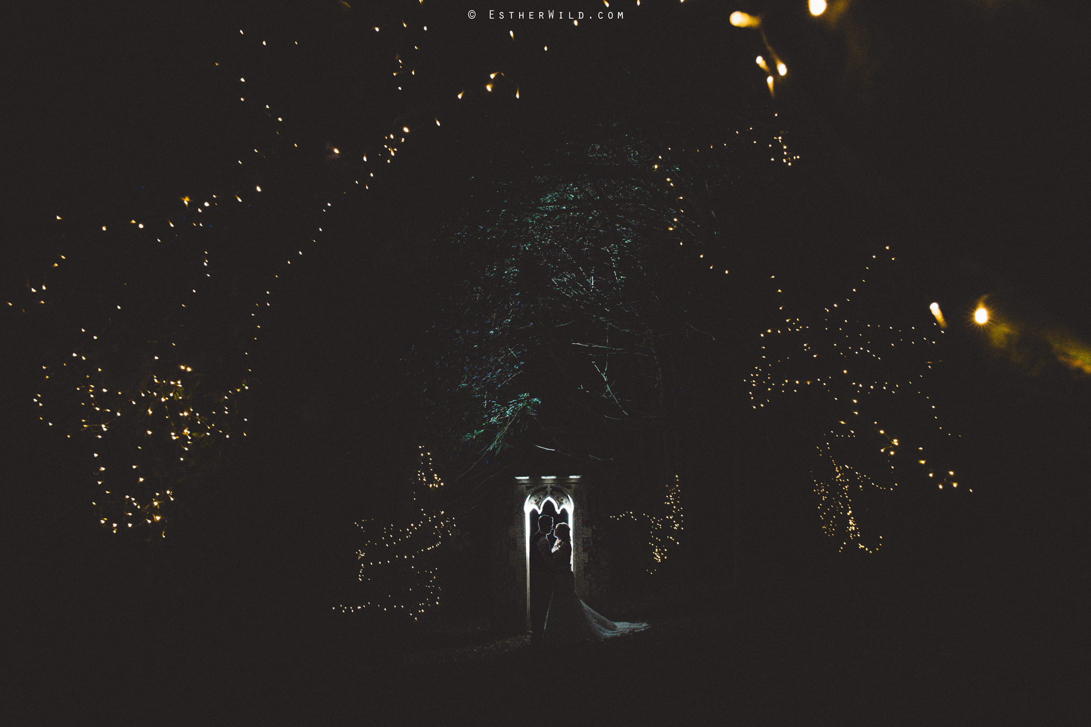 Norfolk_Wedding_Photographer_Mannington_Hall_Country_Esther_Wild_3006.jpg