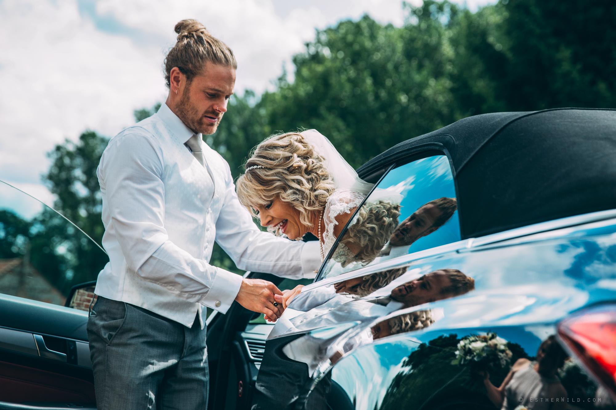 Norfolk_Wedding_Photographer_East_Lexham_RathskellarIMG_0304.jpg