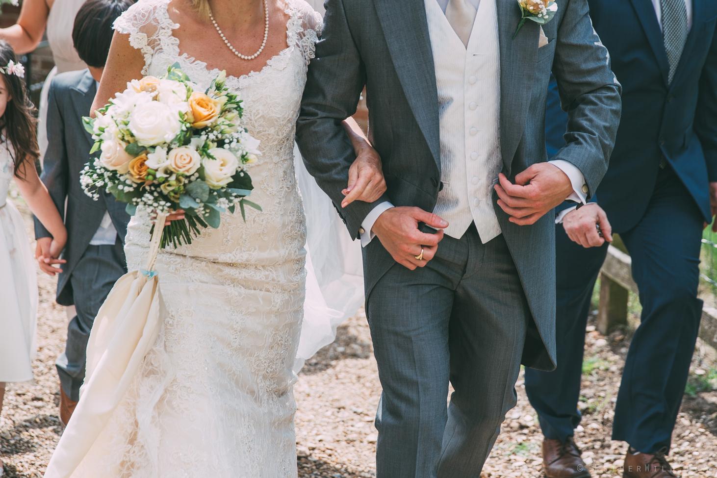 Norfolk_Wedding_Photographer_East_Lexham_RathskellarIMG_0348.jpg