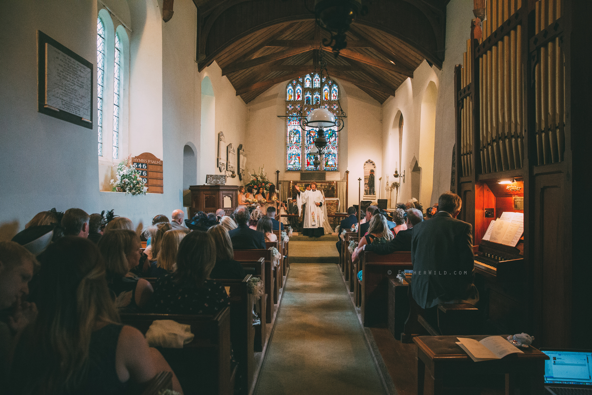 Norfolk_Wedding_Photographer_East_Lexham_RathskellarIMG_0632.jpg