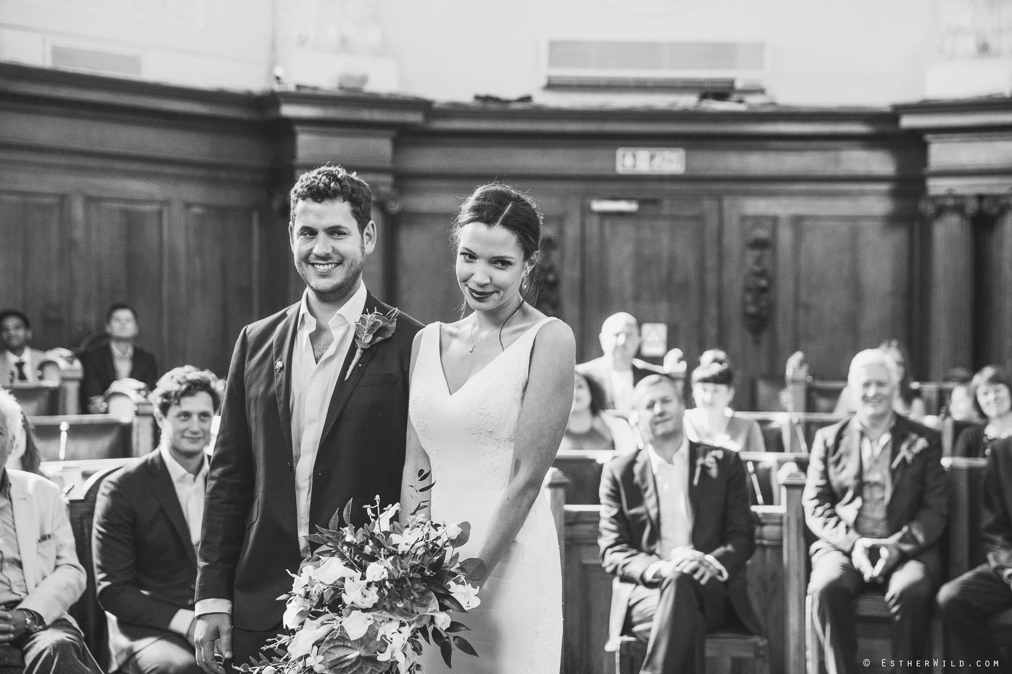Islington_Town_Hall_Wedding_London_Photographer_Esther_Wild_IMG_4825-1.jpg
