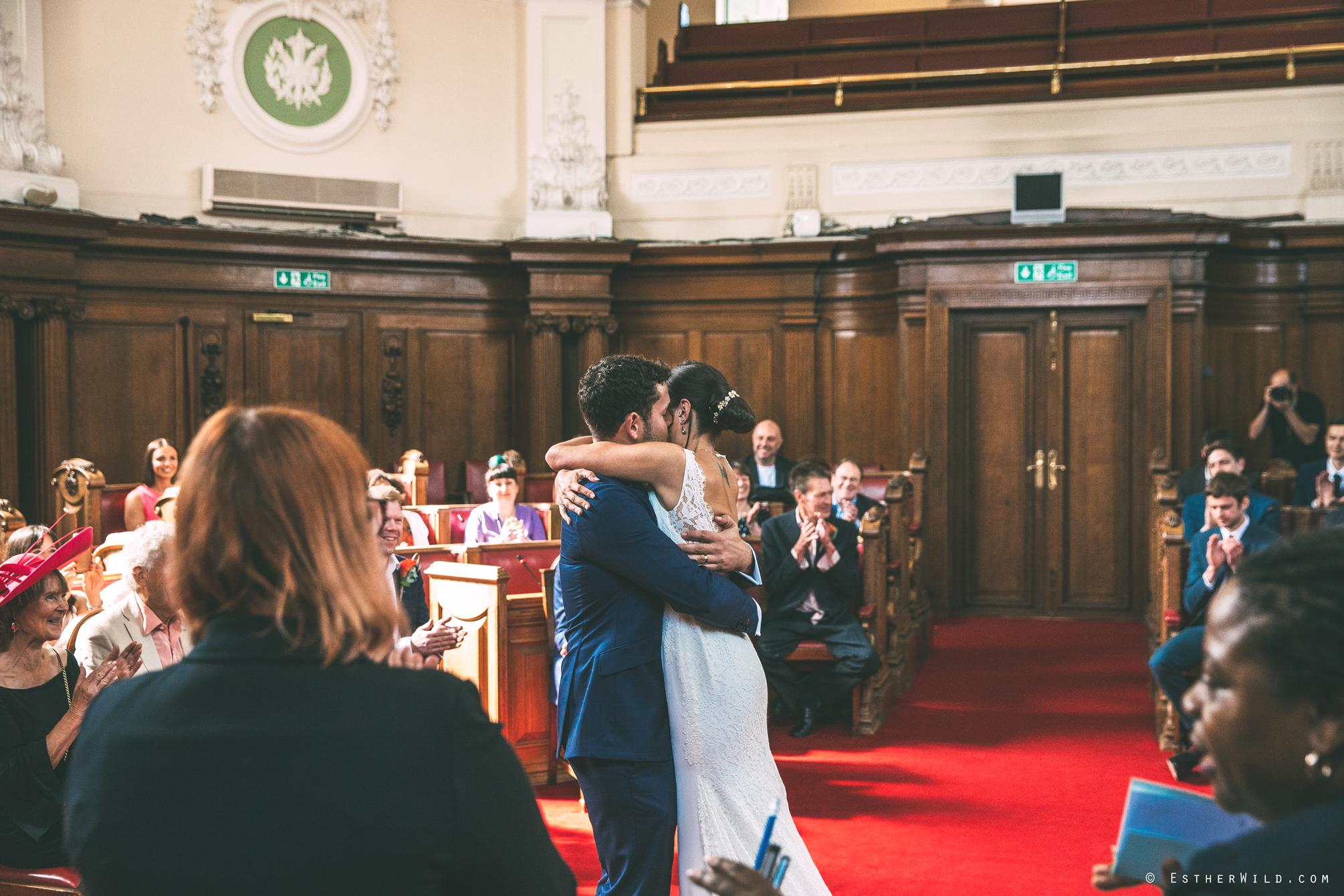 Islington_Town_Hall_Wedding_London_Photographer_Esther_Wild_IMG_4912.jpg