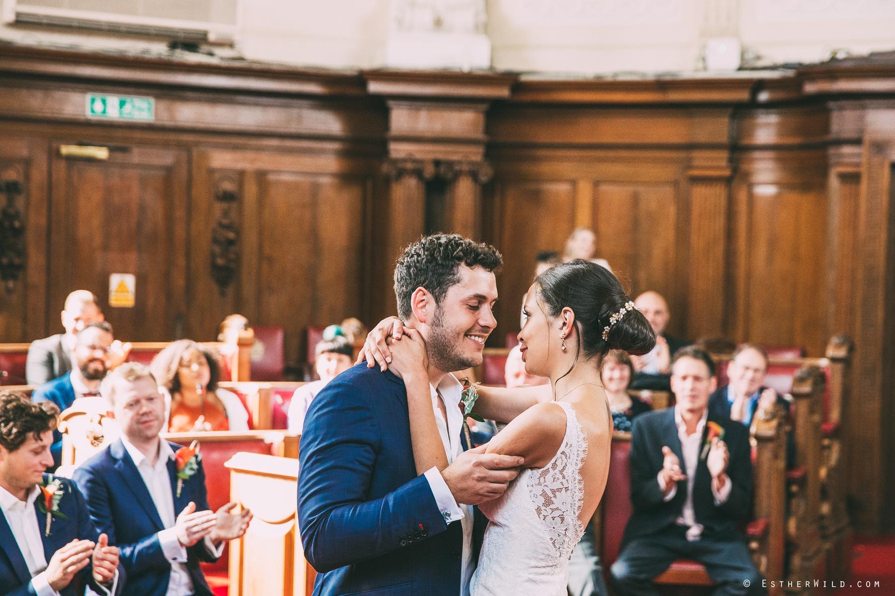 Islington_Town_Hall_Wedding_London_Photographer_Esther_Wild_IMG_4939.jpg