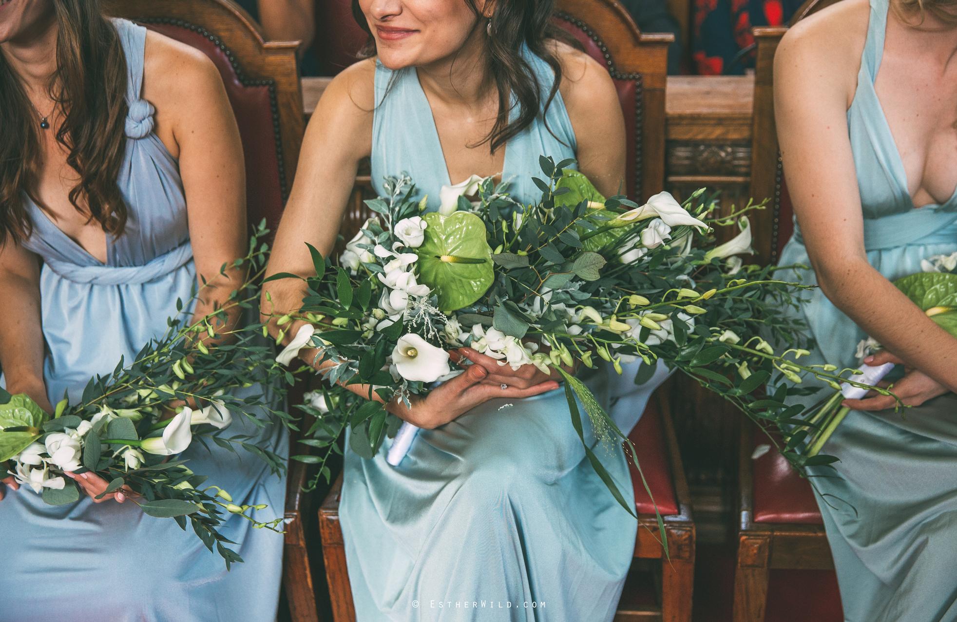 Islington_Town_Hall_Wedding_London_Photographer_Esther_Wild_IMG_5077.jpg